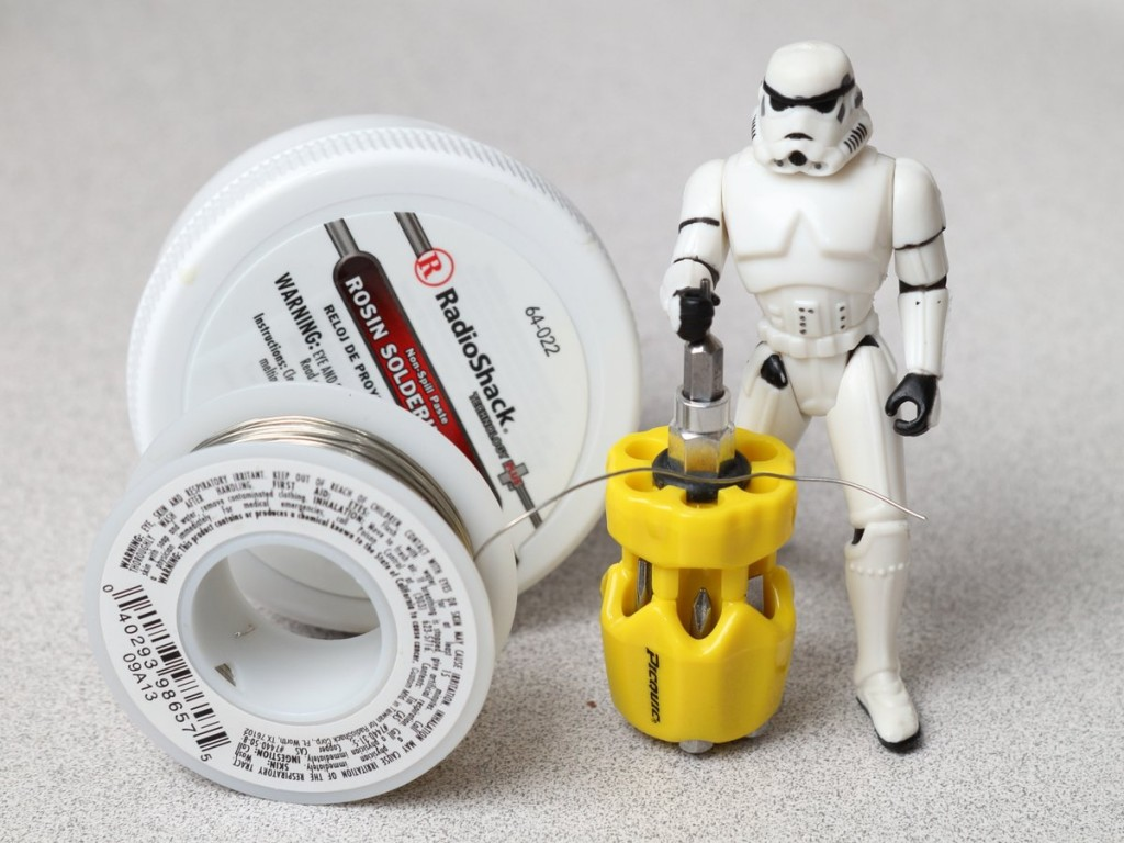 TK-454 with some required tools.